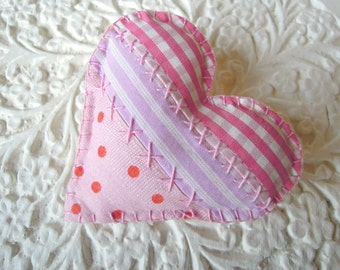 Heart Brooch Ditsy Floral/ Pink Fabric