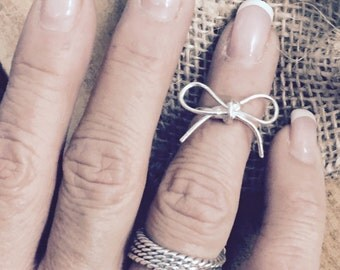Bow Ring, midi ring, sterling silver bow