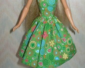 "Handmade 11.5"" fashion doll clothes - green cotton print dress"