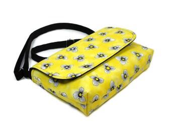Small Crossbody Purse, Yellow Floral Purse, Mini Messenger Bag, Black Yellow Purse, Fabric Cross Body Bag, Cotton Pocketbook, Small Handbag