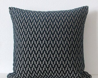 ON SALE Midnight blue chevron zig zag geometric plaid decorative pillow cover