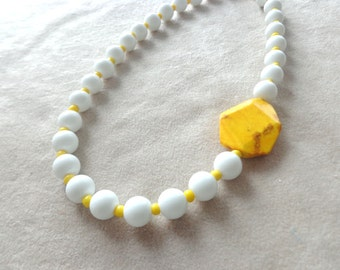 Yellow necklace, modern simple necklace, white necklace, yellow white necklace