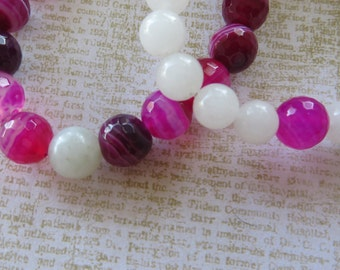Hers/Hers Girlfriends Best Friends Matching Pink Agate And White Shell Stretch Beaded Bracelets