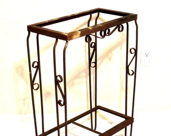 vintage iron garden table - 1940s-50s mid century wrought iron patio table/plant stand