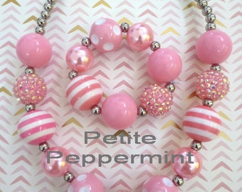 Pink baby necklace, toddler necklace set, girl necklace, girl bracelet, baby chunky necklace, baby bead necklace, girl jewelry set
