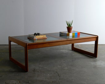 Danish Modern Teak Coffee Table for Comfort