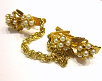 Vintage Sweater Clip Faux Pearl Gold Clip Gift for Mom Gift for Grandma
