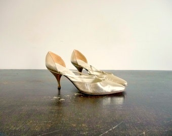 Vintage 60s Evening Winklepickers Space Age Closed Pumps Leather Golden Bronze DURER PARIS / Size Eur37.5 6US 4.5Uk