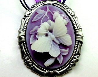 Cameo Brooch/Pendent, White Buttyerfly, Lavender Resin Cameo, Gunmetal Frame