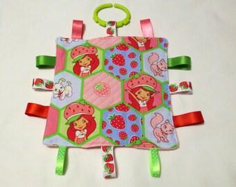 Strawberry Shortcake Taggie Ribbon Crinkle Toy