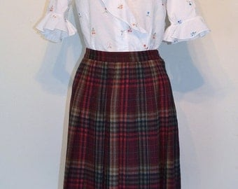 SUMMER HEAT SALE Clearance Sale Vintage 1960s Skirt - 60s High Waist Pleated Skirt - Cranberry Plaid