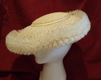 Vintage Cartwheel Hat 1950's with Lace and Ruffled Brim