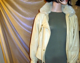 Radically Retro Audrey in an ANREW Marc 80s  Luxurious Leather  Motorcycle Bomber Jacket  With Detachable Faux Fur  Collar MInt Con