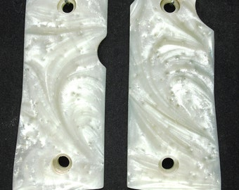 Pearl Colt Mustang Grips