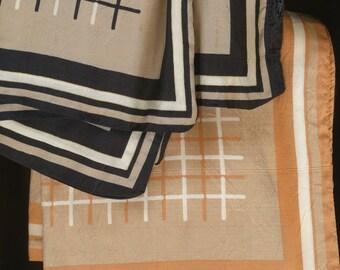 2 Pillow Tops Jim Thompson Silk beige black