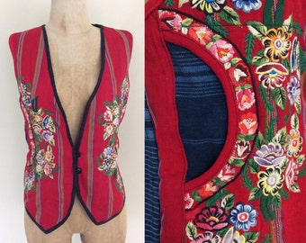 1970's Hupil & Embroidered Vintage Vest Blie Red Hippie Floral Embroidery Size Medium by Maeberry Vintage