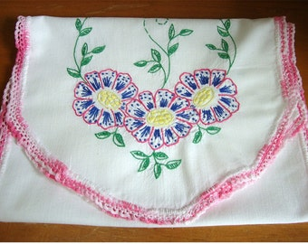 Vintage Embroidered Flowers Table Runner w/ Hand Crocheted Trim 11.5 x 36
