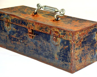 Vintage Rustic Black Steel Toolbox: Distressed Antique Industrial Hardware & Tool Box Trunk / Sewing Organizer Chest / Fishing Tacklebox