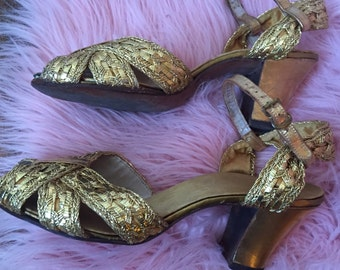 Vintage 1950's Gold Open Toe Strappy Sandal Heels size 6