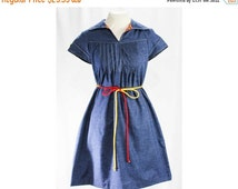 Size 10 Summer Dress - 1970s Blue Chambray Shift with Tie Belt - 70s Summer Short Sleeved Cotton Frock - Red & Yellow Trim - Bust 37 - 46932