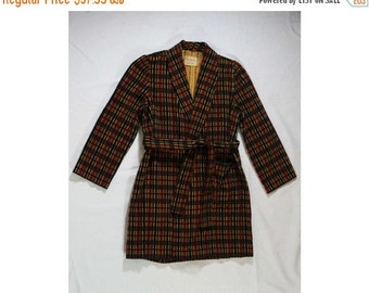 Boy's Corduroy Robe - 1950s Wrap Front Boys Lounge Wear - Late 50s - Early 60s - Navy & Burgundy Cotton Corduroy - Chest 34.5 - 45227