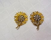 Vintage gold flower rhinestone blossoms and stems designer clip on earrings