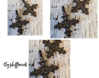 Cross pendant Tibetan style 32mm x 26mm rustic patina 2 pcs.