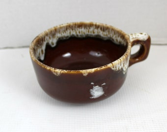 brown drip glaze handled soup mug bowl Hull dinnerware kitchen