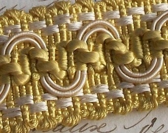 Lovely length of Antique French Butter Gold Silk Trim Serpentine Braid Edging Border ribbon