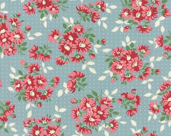 Bread 'n Butter - Dotted Daisy in Light Blue by American Jane for Moda Fabrics