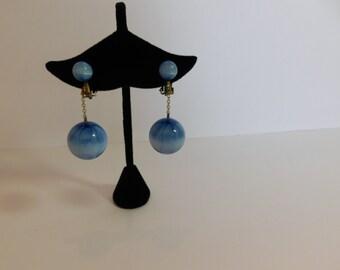 FUN DROP EARRINGS - Very 60s - Beautiful blue coloring: Light and dark blue with luminous sheen