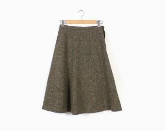 Vintage 60s Tweed SKIRT / 1960s Olive Green Confetti Tweed Wool Full Skirt S