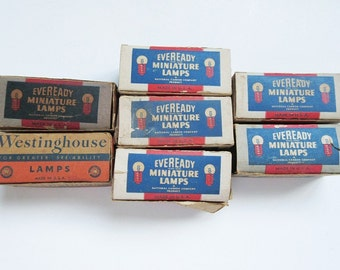 59 Miniature Lamps Light Bulbs in 7 Boxes Eveready 44, Westinghouse 46 Radio Vintage