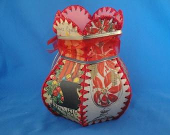 Vintage holiday card vase