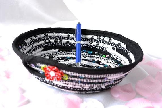 Cute Picnic Basket, Handmade Clothesline Basket, Black and White Fabric Bowl, Kitchen Decoration, Cute Desk Accessory, Decorative Basket