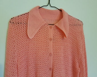 Vintage 1970s handmade crocheted pink cardigan