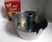 vintage COMET Aluminum Angel food cake Baking PAN, tube Bundt pan, made in the USA