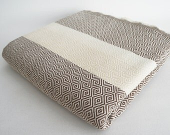 SALE 30 OFF/ Diamond Blanket / Brown / Double Size / Bedcover, Beach blanket, Sofa throw, Traditional, Tablecloth