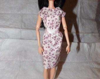 Modest mauve pink floral print dress for Fashion Dolls - ed794