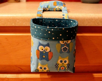 Thread Catcher / Scrap Caddy / Pincushion / Springs Novelty Quilt Fabric Stacked Owls