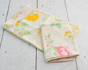 1960s Floral Cotton Pillow Case Pair