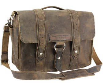 "15"" Distressed Tan Belmar Voyager Leather Briefcase - Made in America"