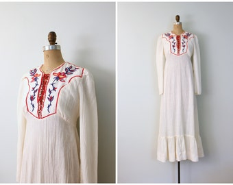 vintage 70s hippie wedding dress - 70s ivory gauze maxi dress / Candi Jones - hand embroidered dress / 60s festival dress - corset lacing