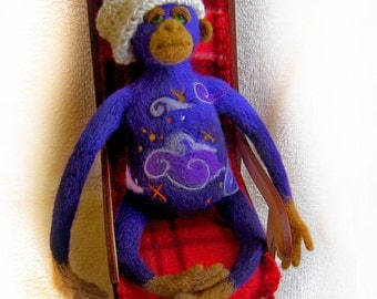 Christmas dreams - needlefelted sculpture
