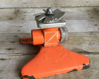 Vintage Square Spray Lawn Sprinkler - Orange