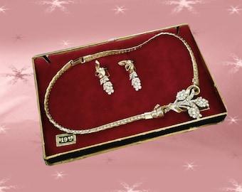 Vintage Rhinestone Necklace Set - 1950s 24k GP - Screwback Earrings -  Original Gift Box