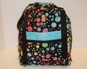 Anyway Anywhere Bag in Sassy Dots, size Medium