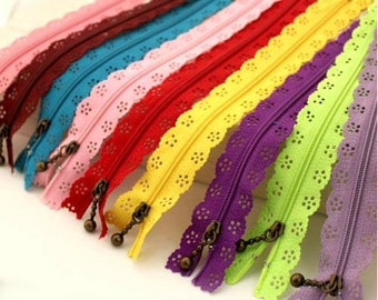 10pcs/lot 20cm #3 Nylon Coil Beautiful Lace Zippers for DIY Bags Tailor Sewer Craft Retail 24 Colors