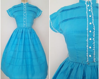 Vintage 1950s Dress / Turqoise Cotton with Crochet Trim / Small