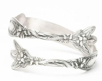 Stargazer Lily Bracelet, Flower Bracelet, Sterling Silver Spoon Bracelet, Frontenac Lily, Sugar Tong Bracelet, Adjustable Bracelet Size 5801